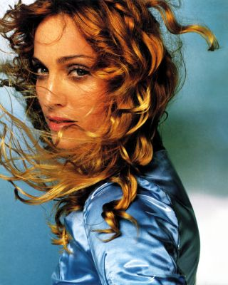 Madonna Normal_Testino
