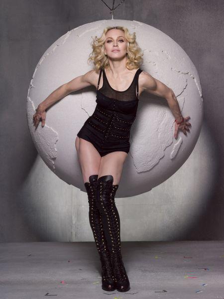 Madonna Normal_meisel45