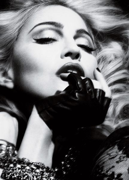 Madonna Normal_Alas_Piggott_for_Interview_-_01_%282%29