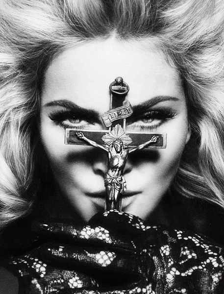 Madonna Normal_mert-alas-marcus-piggott_%284%29